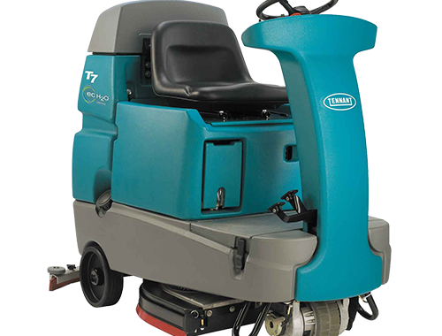 Tennant T7 Ride On Scrubber
