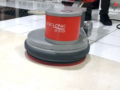 Klenco-Cyclone-S510-Mesin-Polisher-untuk-Kristalisasi.