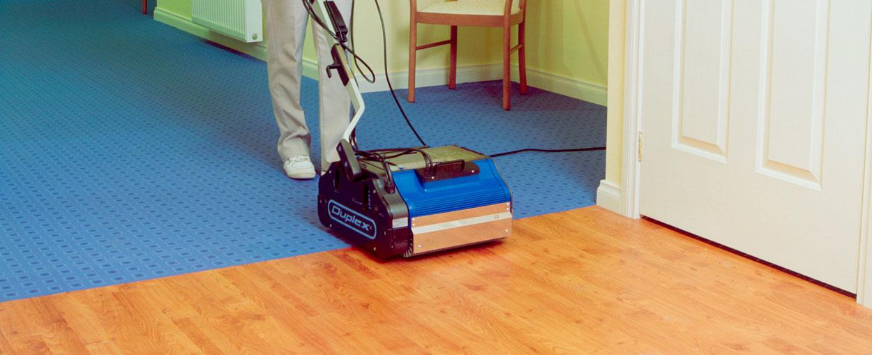 Duplex 340 Carpet Cleaner