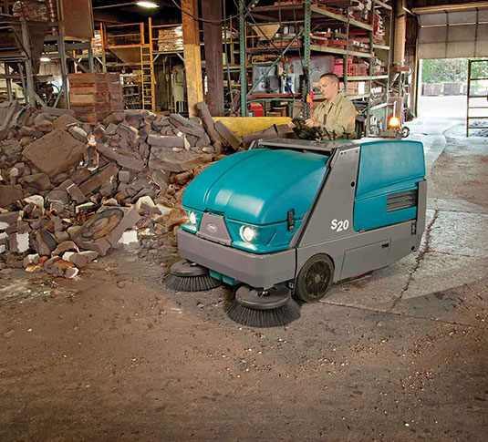 <span style='color:#000;font-size:18px;font-weight:700;'>TENNANT S20</span><br><span style='color:#000;font-size:14px !important;font-weight:400!important;'>Industrial Ride On Sweeper</span>